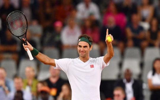 Федерер сделает еще одну операцию на колене