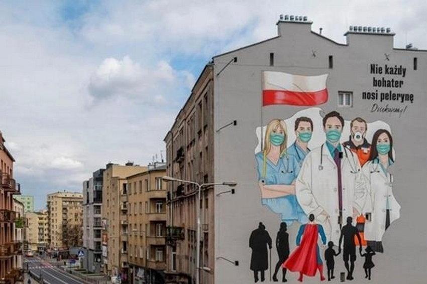 В Польше за неделю прирост COVID вырос на 60%