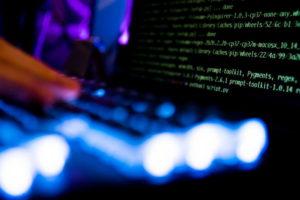 Российские хакеры атаковали правительственные сети США и Европы - CNN